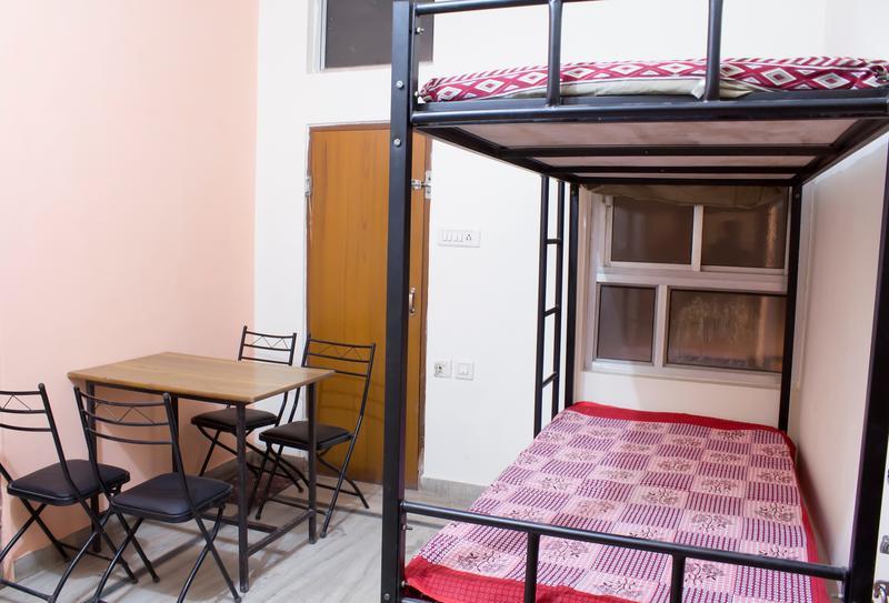 Nanus Hostel