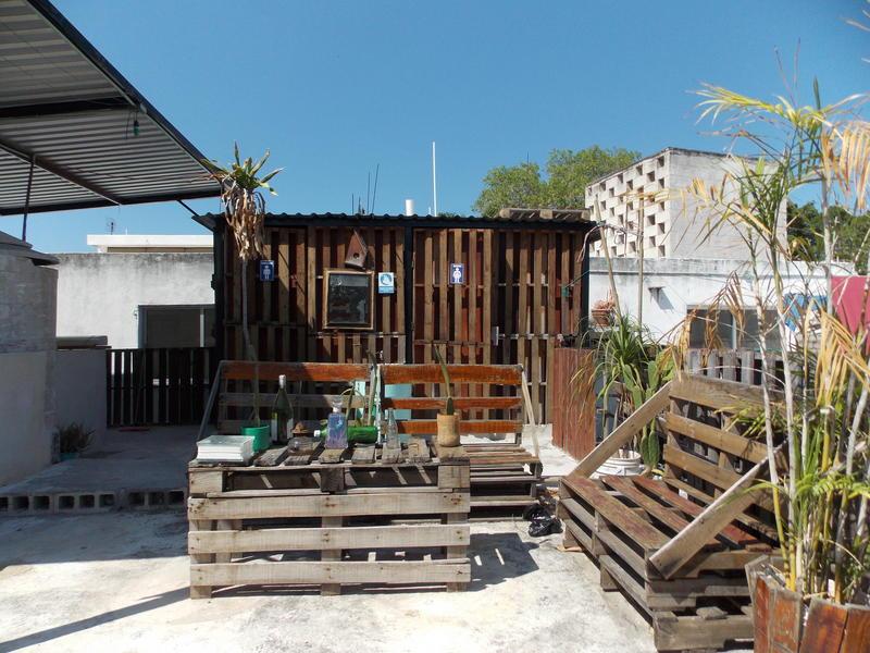 Itzaes Hostel