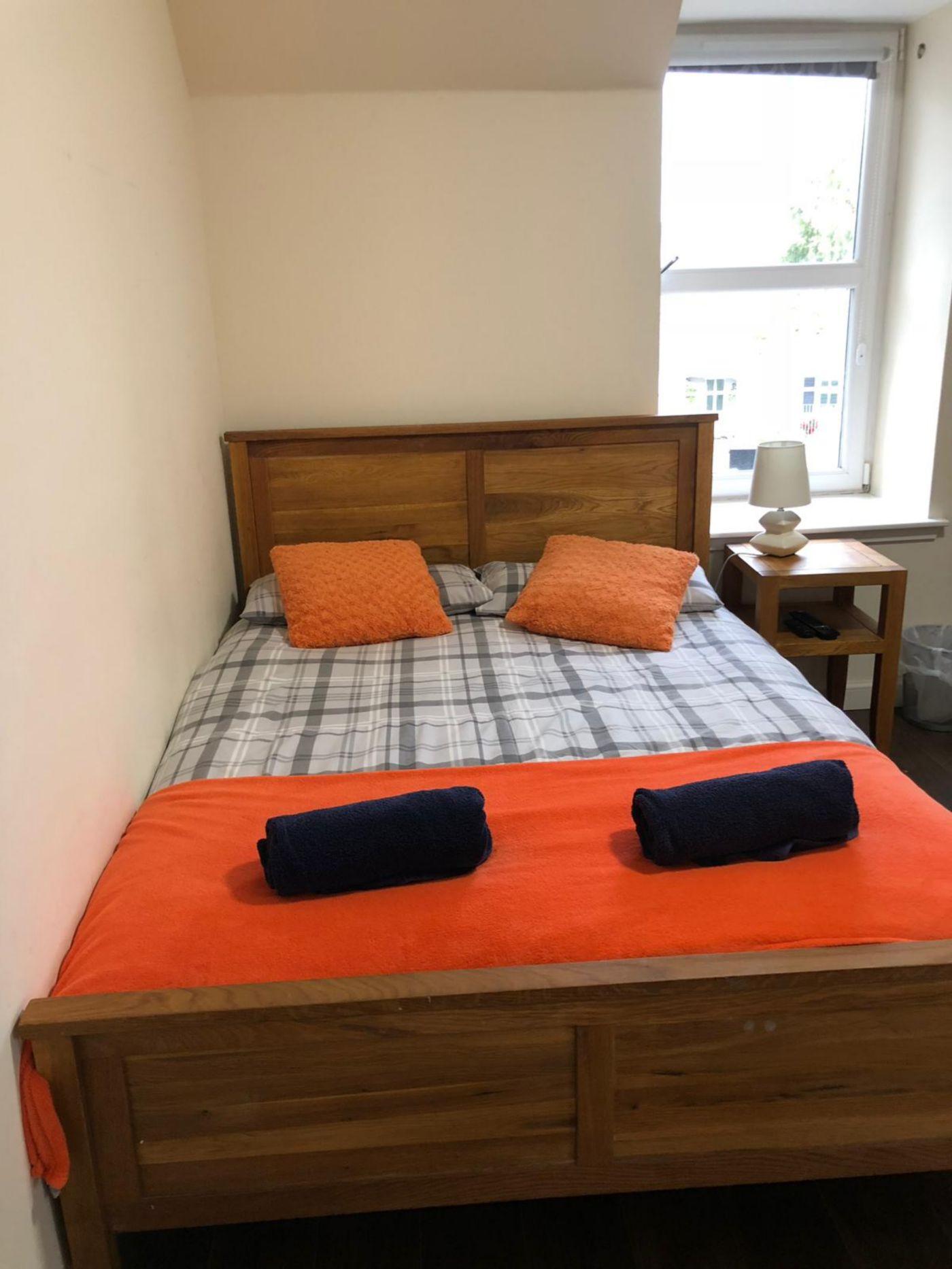 1 Lochness Hostel