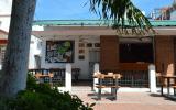 Luck Hostel Bar