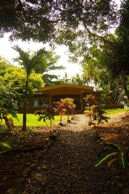 Lost Paradise Lodge
