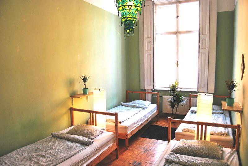 Budapest Beds