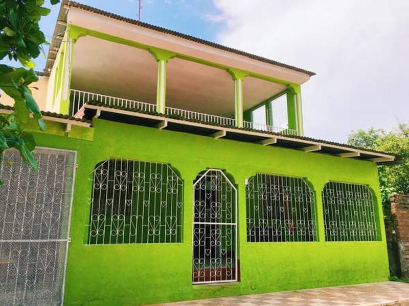 Isla Bonita Hostel
