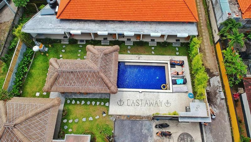 Castaway Hostel