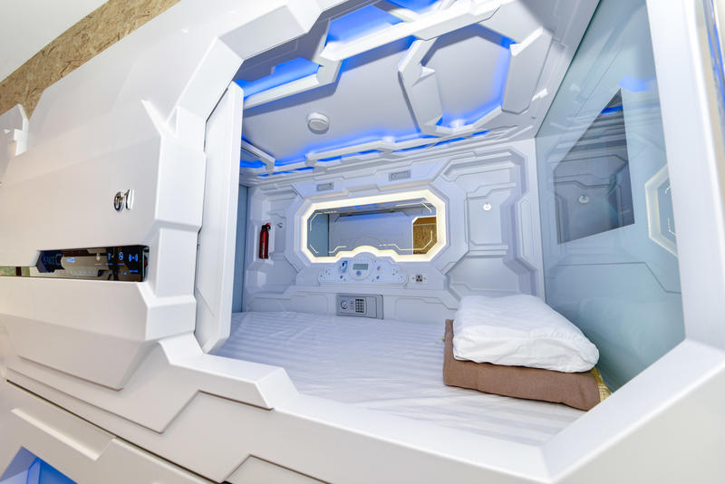 HOTEL - The SpaceQ Capsule Hotel