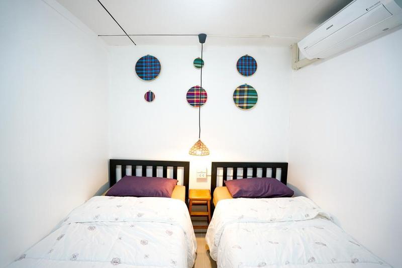 D-Hub Hostel