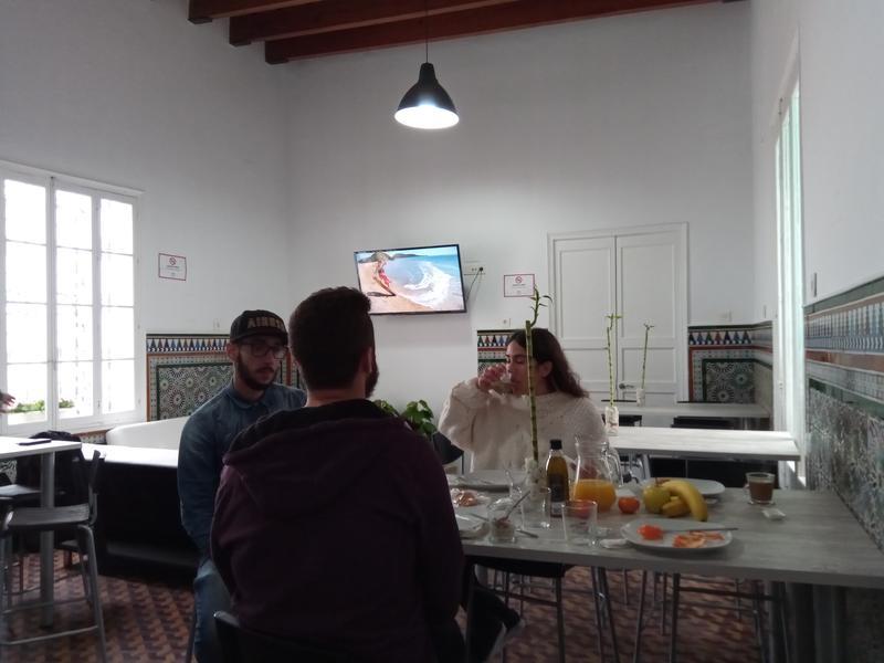 Rebels Tarifa Hostel & Kiteschool