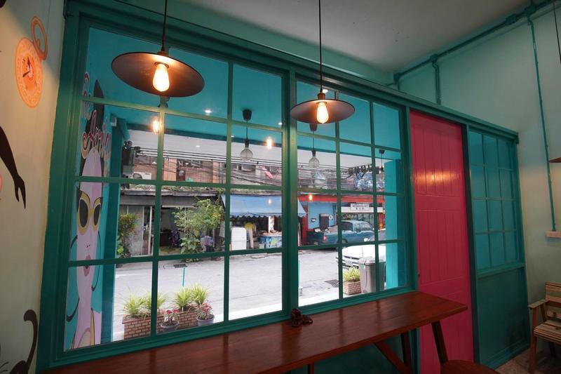 HOSTEL - The April 24 Home & Cafe