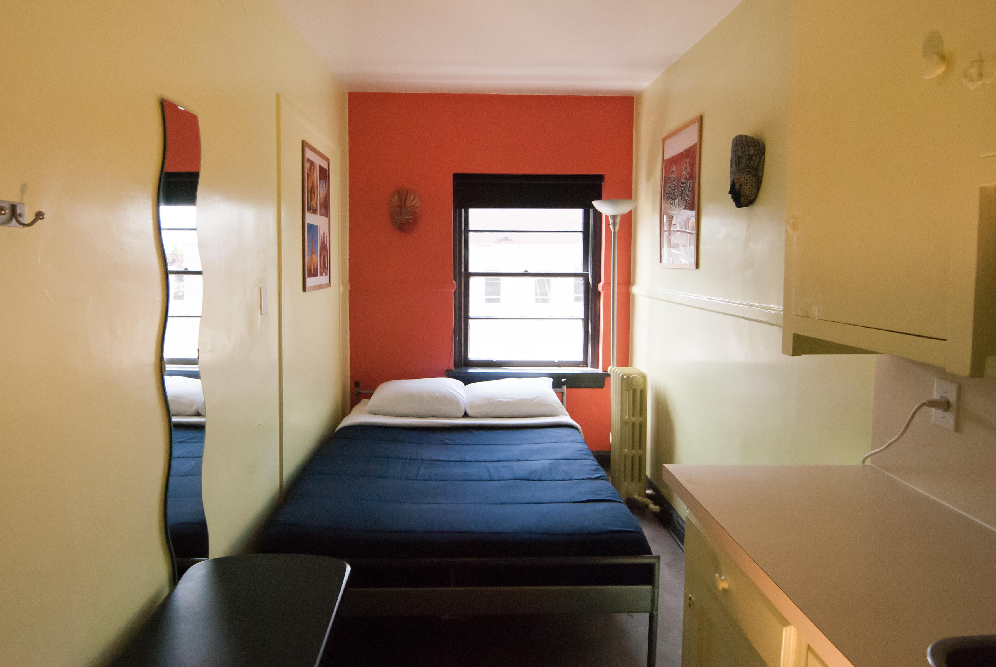 Ocean Island Inn | Backpackers | Suites