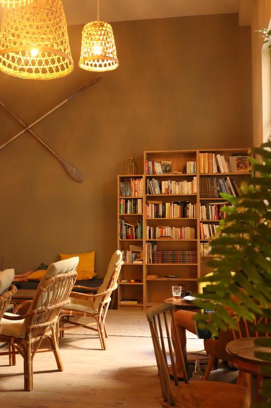 Georges Hostel&Café