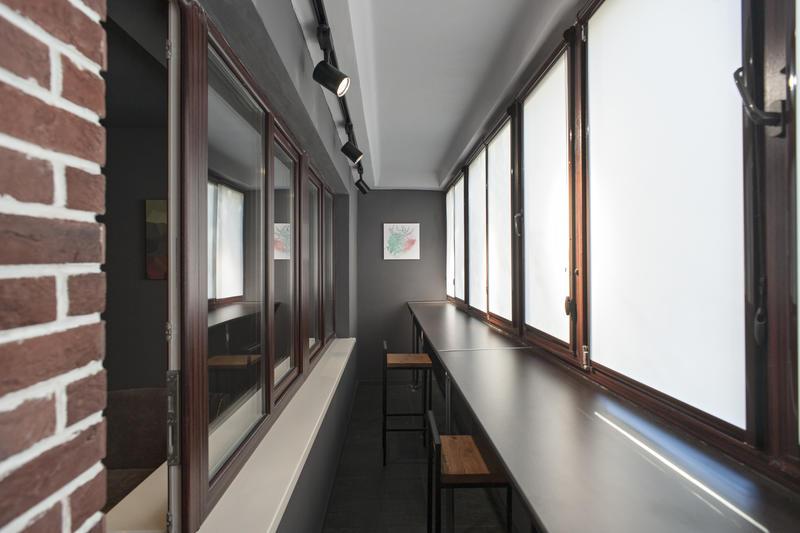 Check-In Capsule Hostel