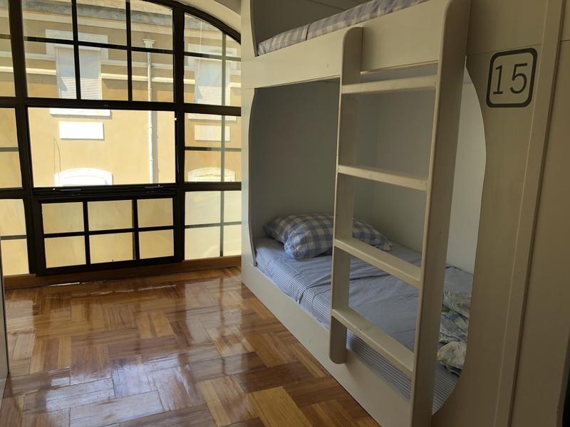 De Leite Hostel