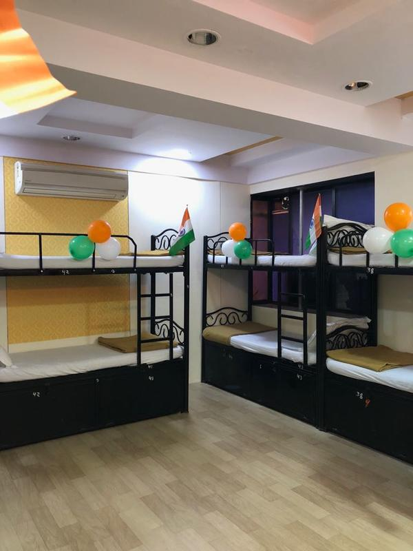 Bandra Dormitory-Male Only
