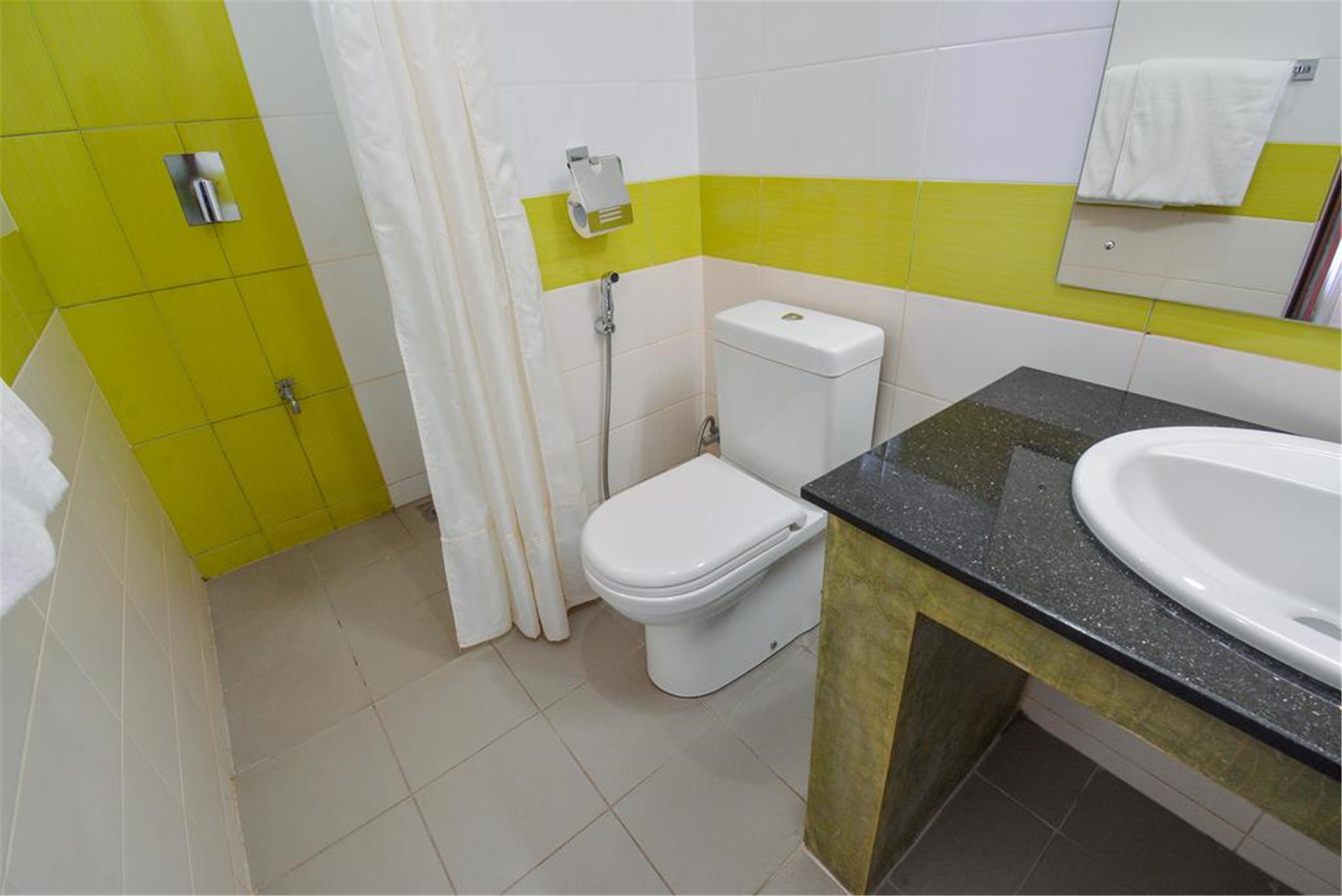 Saninro Residences & Food Court, Ragama | Book Guesthouse at Hostels com