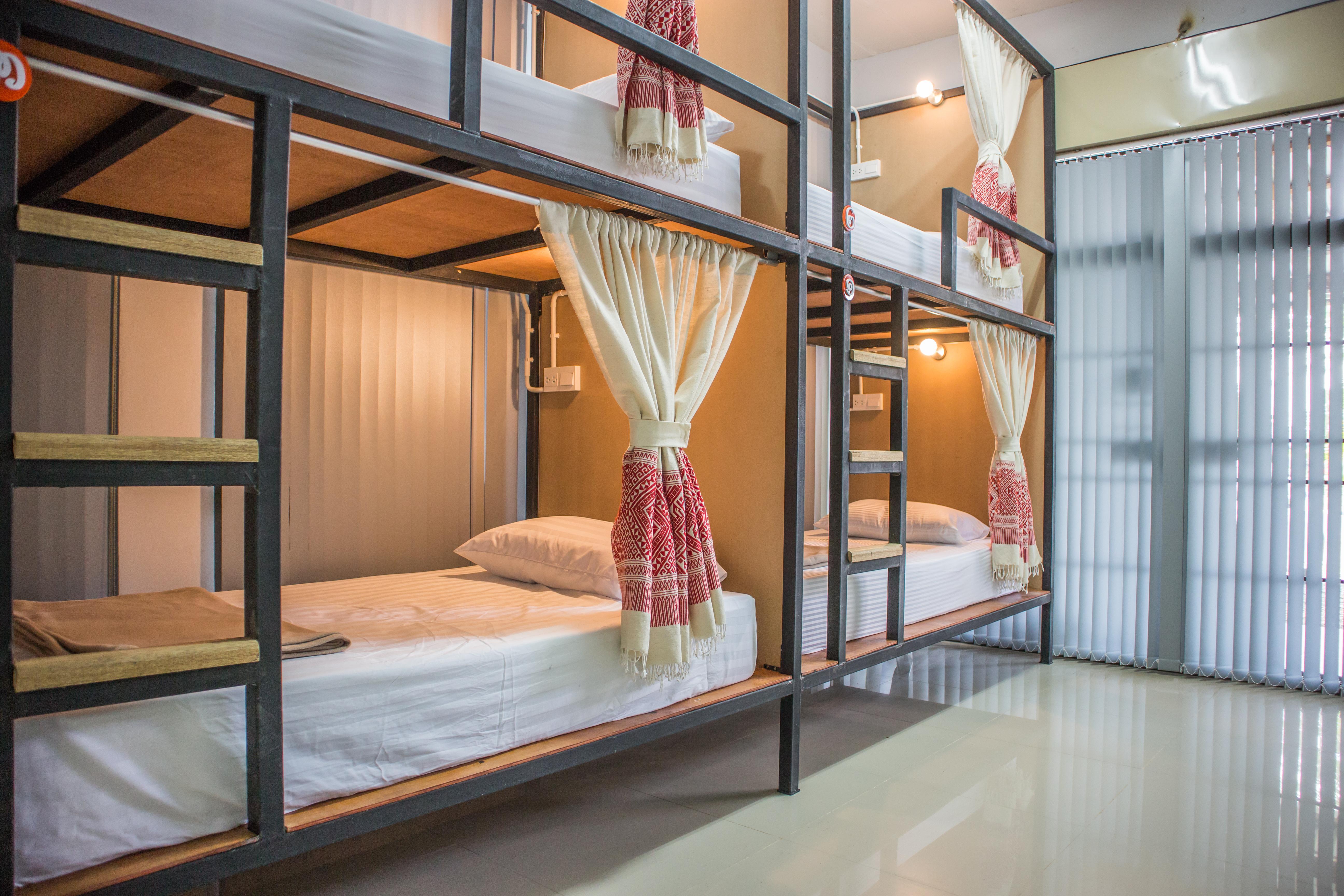 Sleep24 Pua Hostel