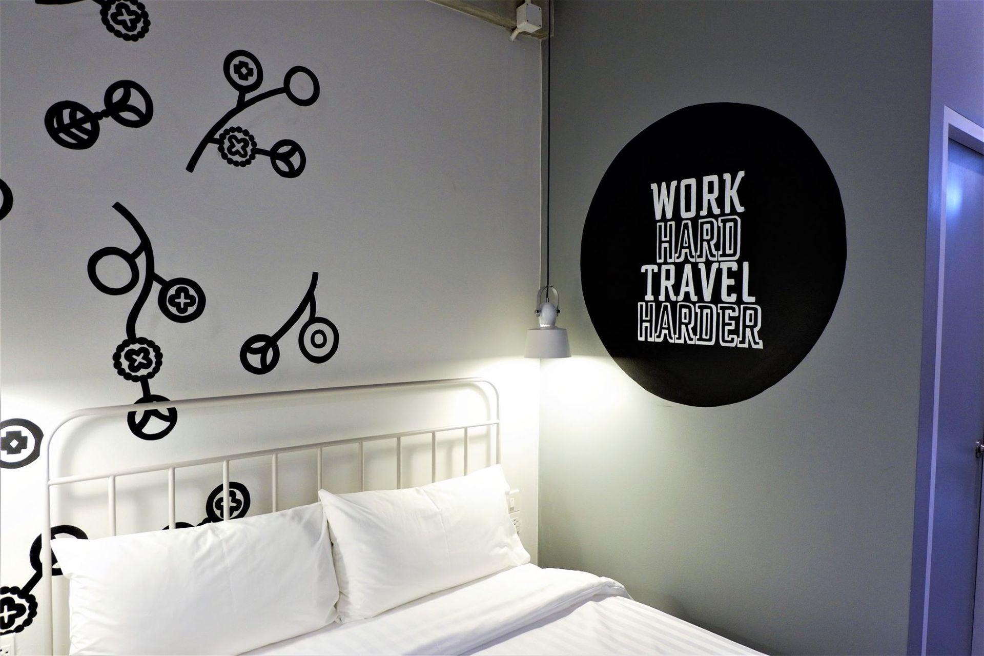 HOSTEL - Bedspread Hostel