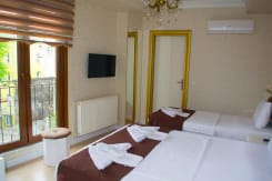 Mininova Hotel
