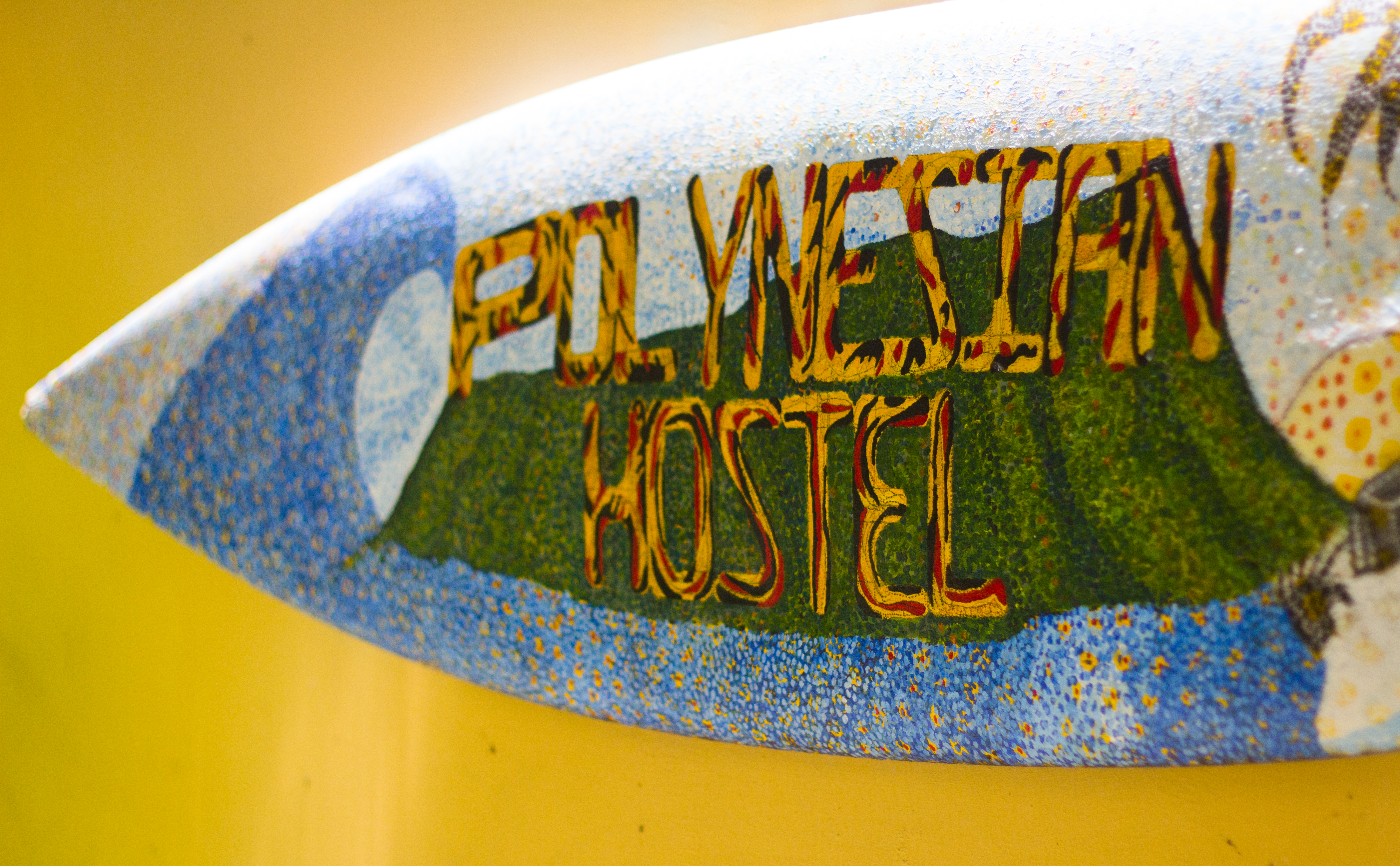 Polynesian Hostel Beach Club Waikiki