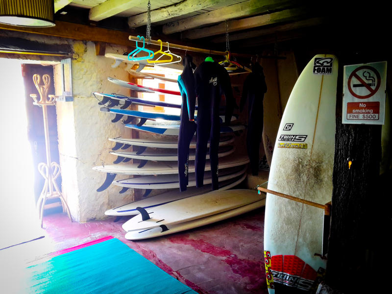 SurftoLive House