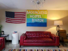 Backpackers Hostel & Pub
