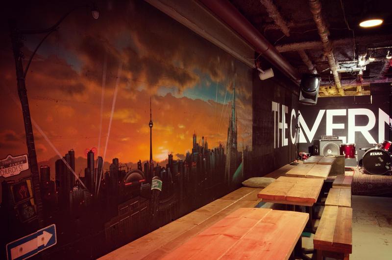HOSTEL - HI Toronto