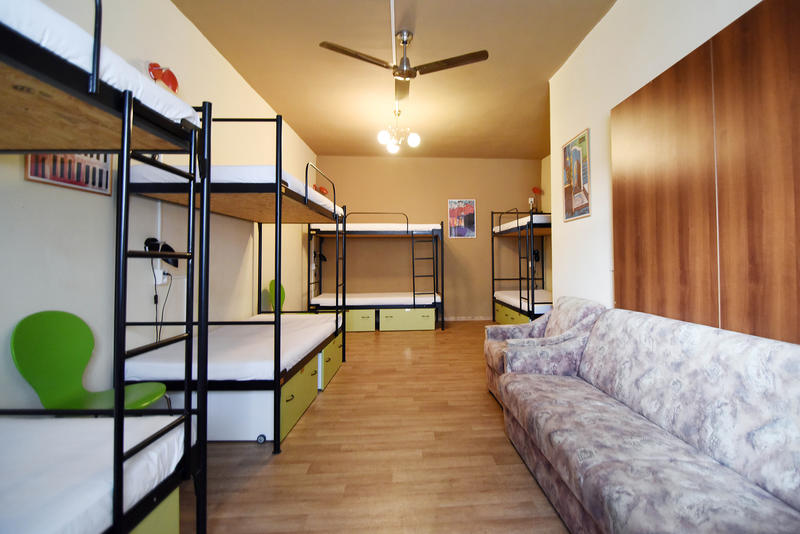 HOSTEL - Little Quarter Hostel