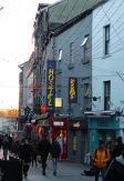 Snoozles Quay Street Hostel