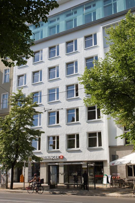 HOSTEL - MEININGER Berlin Mitte Humboldthaus