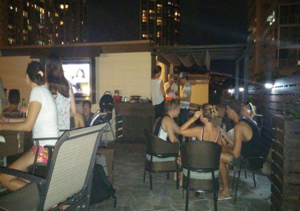 THE BEACH waikiki boutique hostel by IH