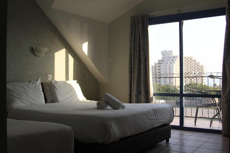 Aviv Hostel