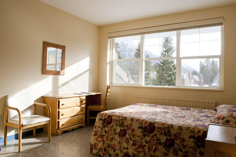 Banff Y Mountain Lodge