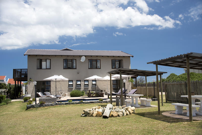 Afrovibe Adventure Lodge and Backpackers Hostel