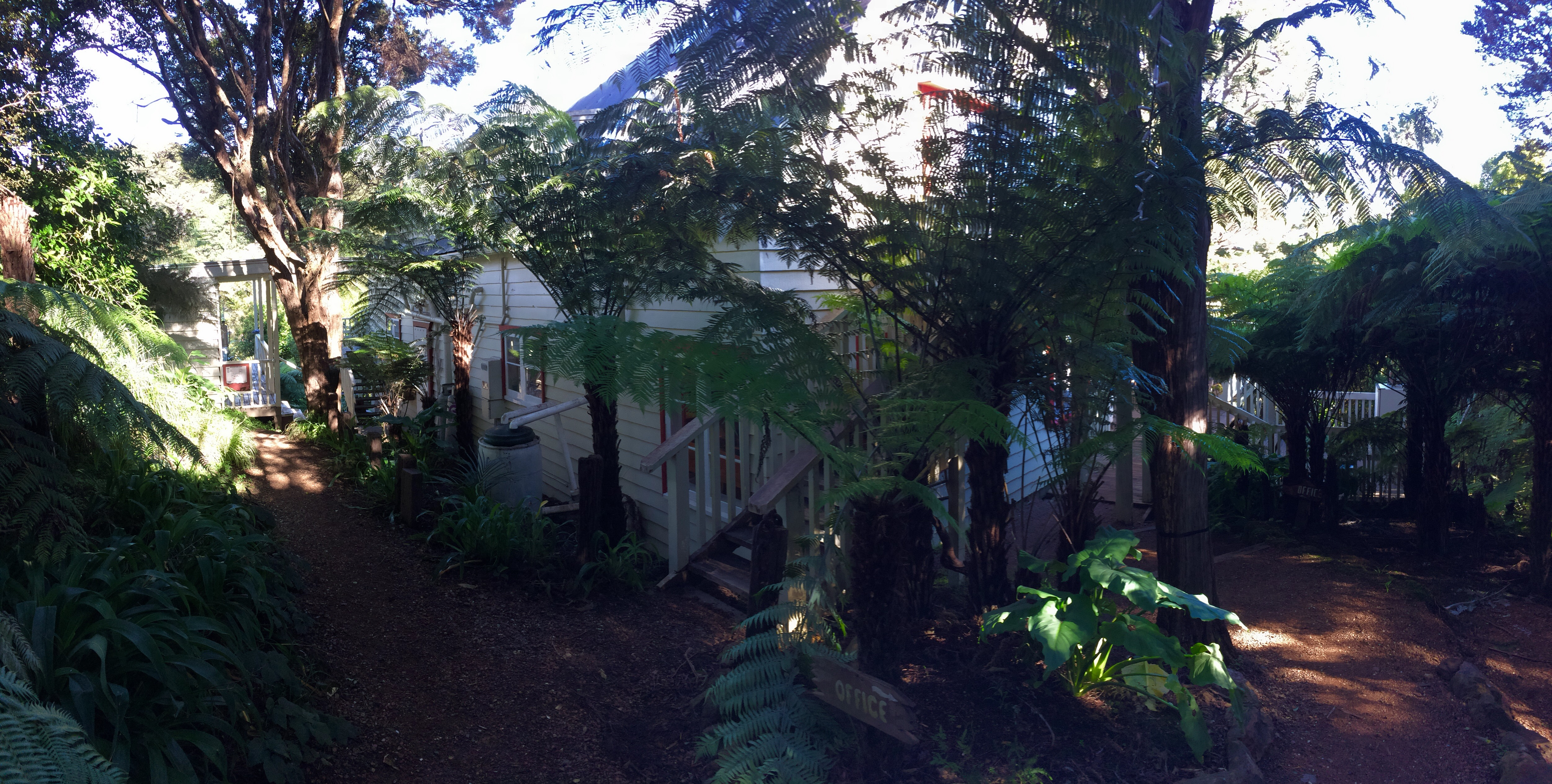 HOSTEL - Hekerua Lodge Backpackers