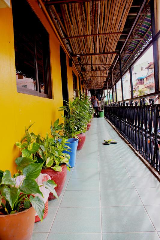 HOSTEL - Top Banana Guest House