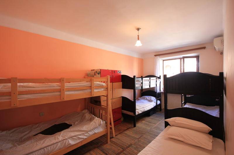 Center Hostel and Tours