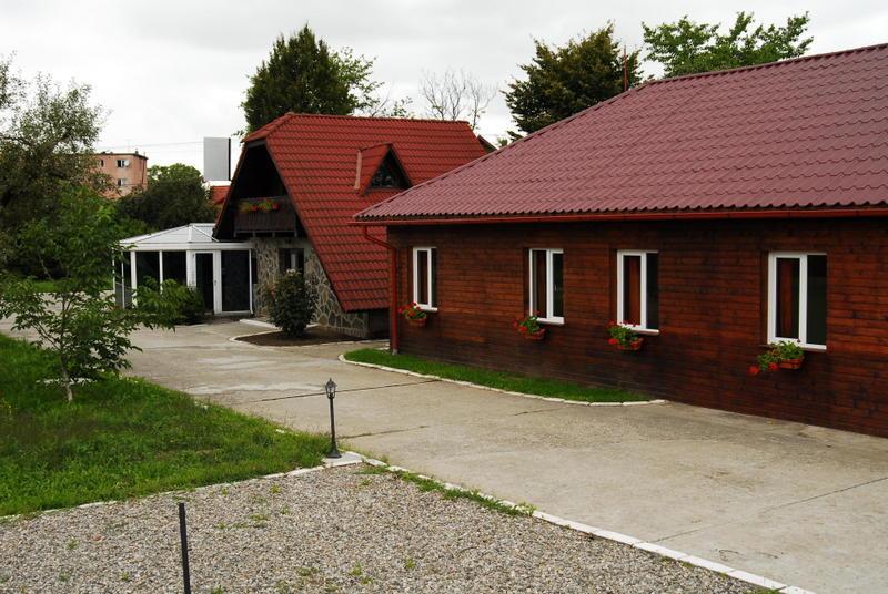 Hostel & Camping Iza