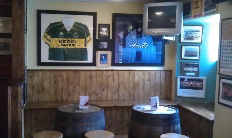 Muiris Dan's Pub & Accommodation