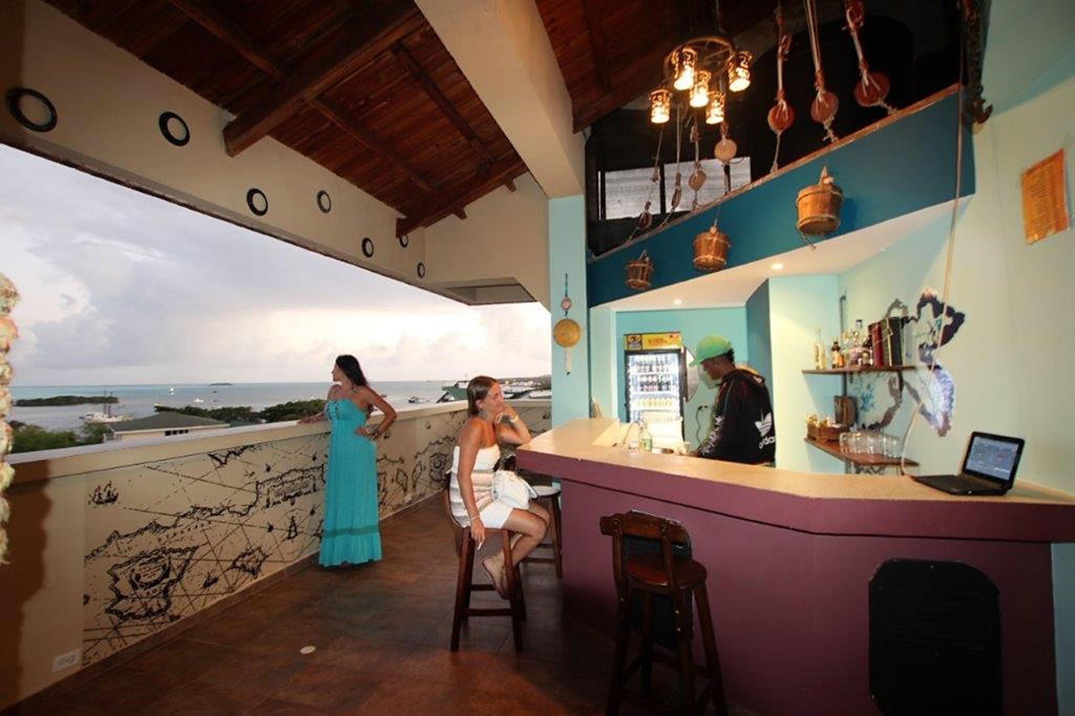 El Viajero San Andres Hostel & Suites