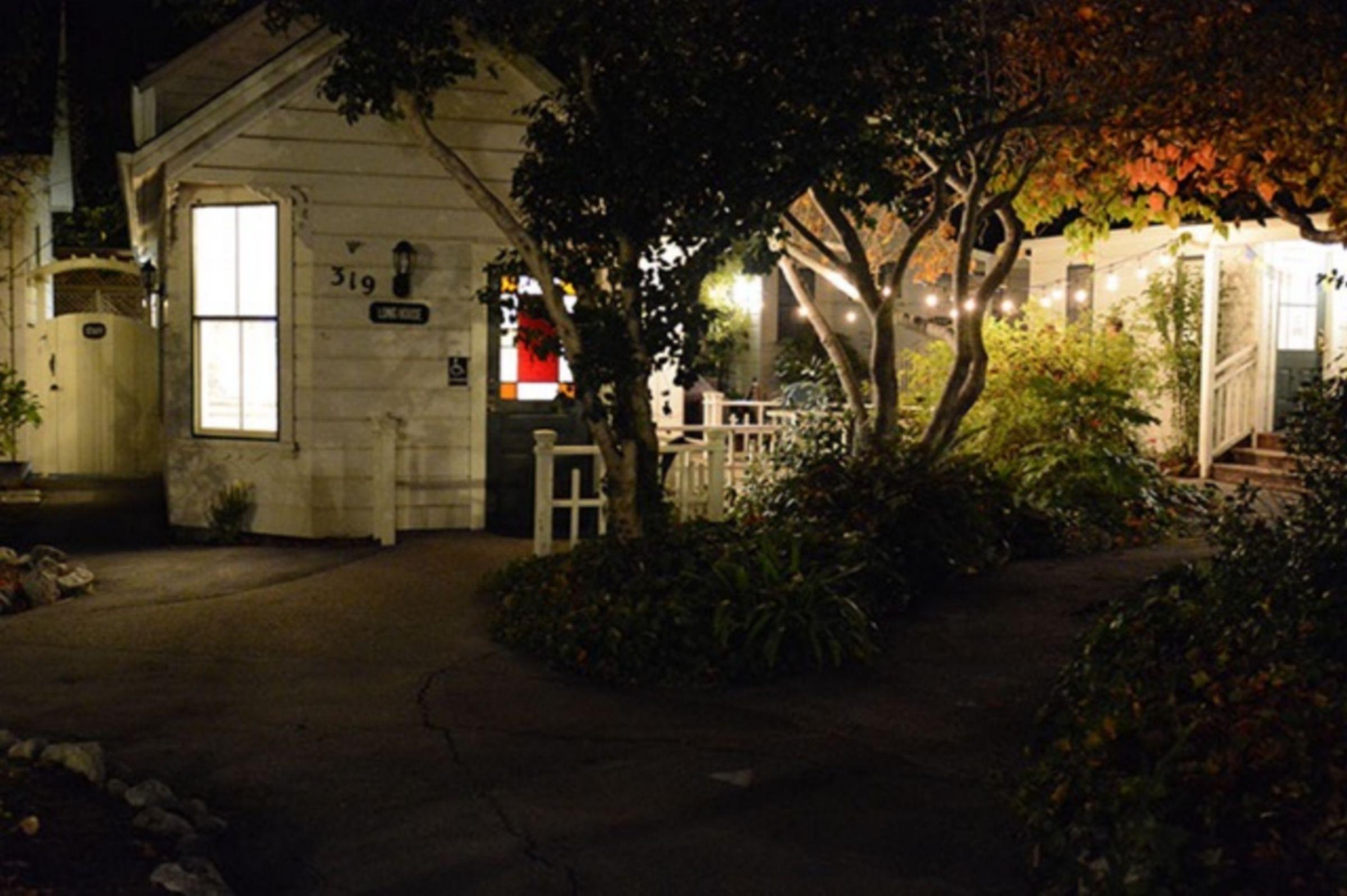 HI-Santa Cruz Hostel