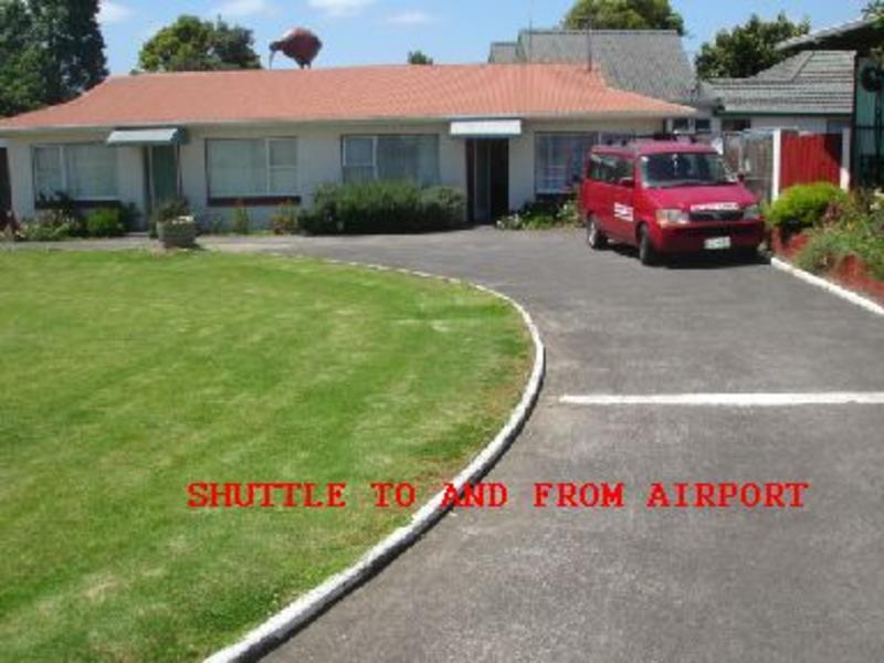 Airport Skyway Lodge