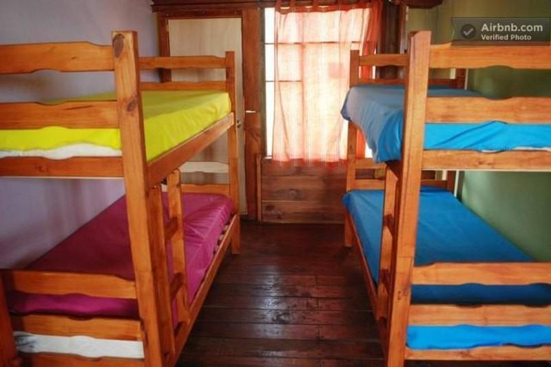 Hostel Playa Mansa