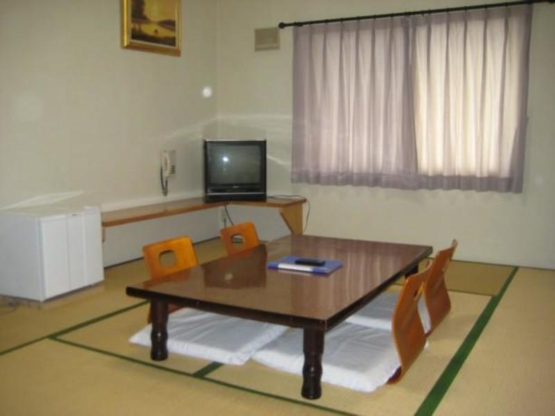 Showashinzan Youth Hostel