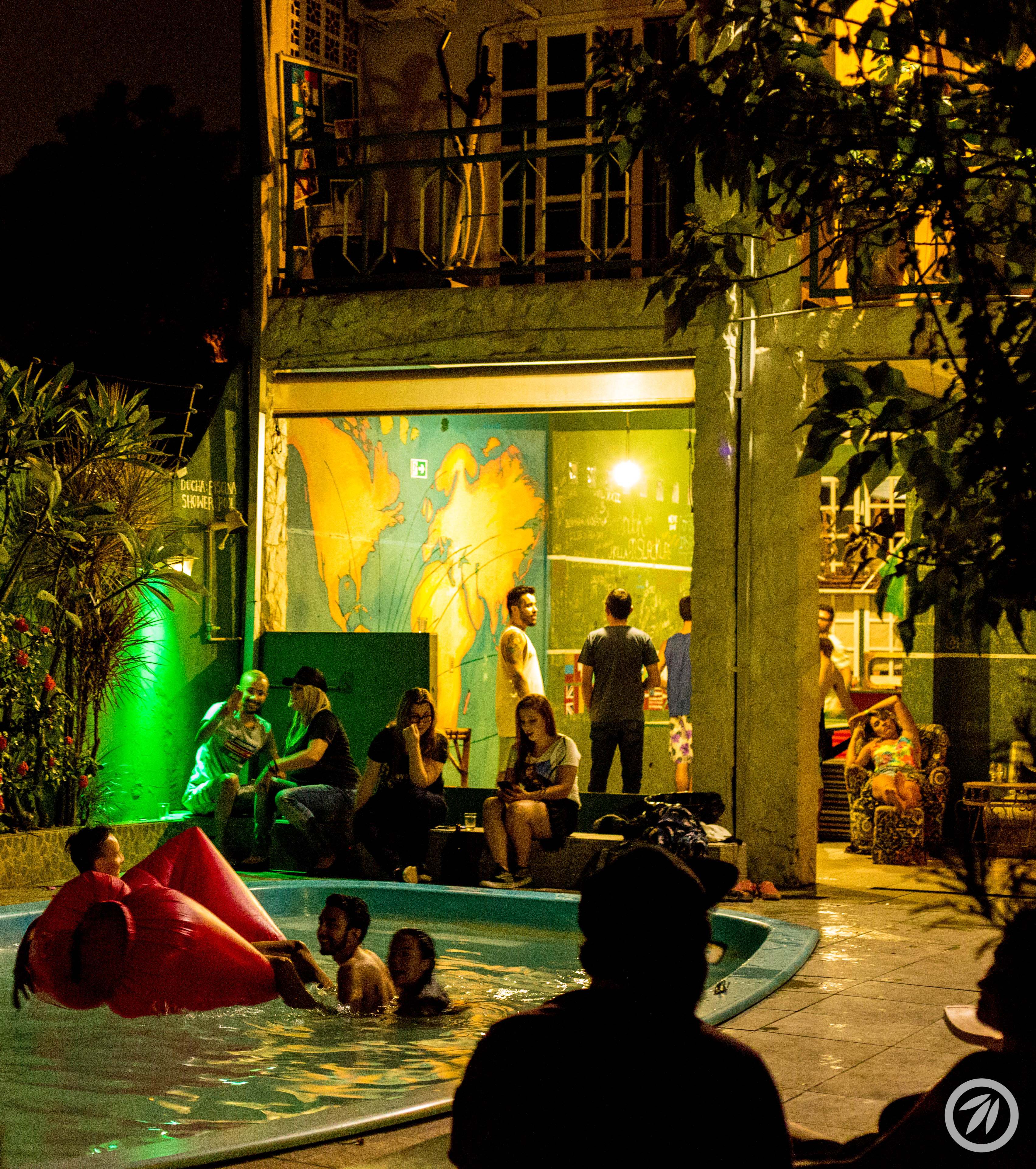 Green House Hostel & Camping