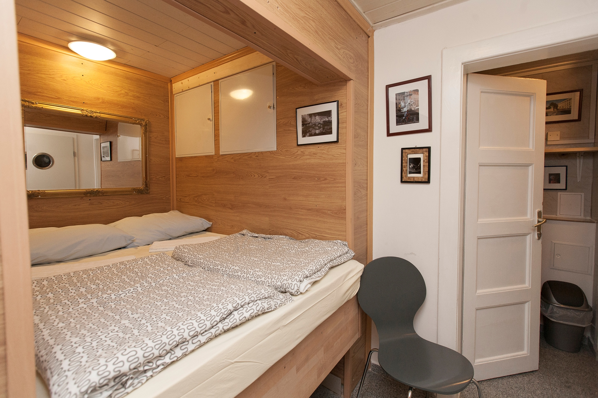 Hostel 24