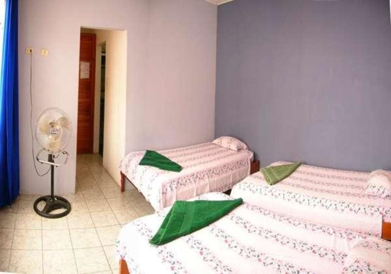 Golondrinas Hostel