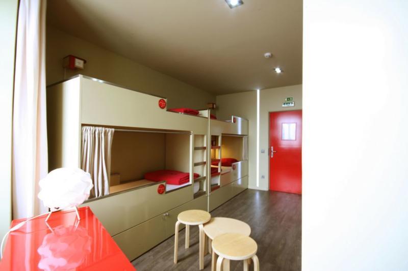 HOSTEL - PILOT Design Hostel & Bar