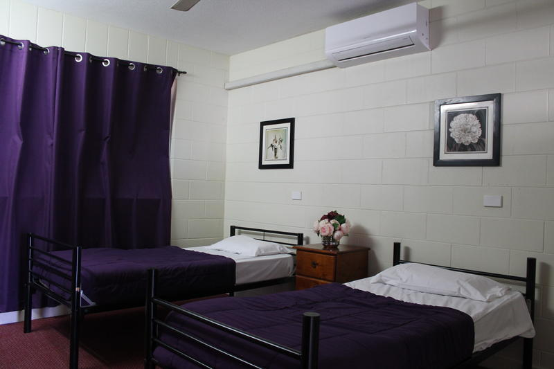 Foreign Exchange Accommodation - Beachside