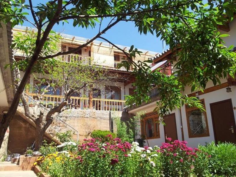 Dali Shaxi Cato's Inn
