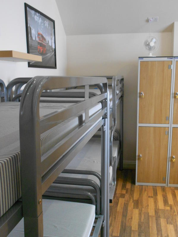 247london Hostel and Private Rooms