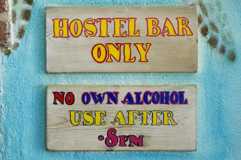 HOSTEL - Flying Pig Beach Hostel